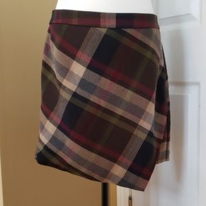 Le Chateau Asymetrical look skirt size 12